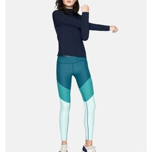 Outdoor Voices 7/8 color block leggings